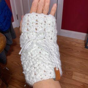 Fingerless gloves/wrist warmers